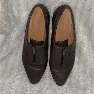 Flat zip up shoes